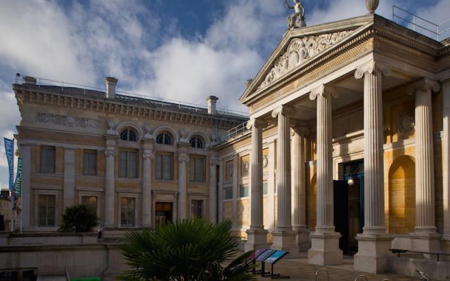 Ashmolean Museum facade