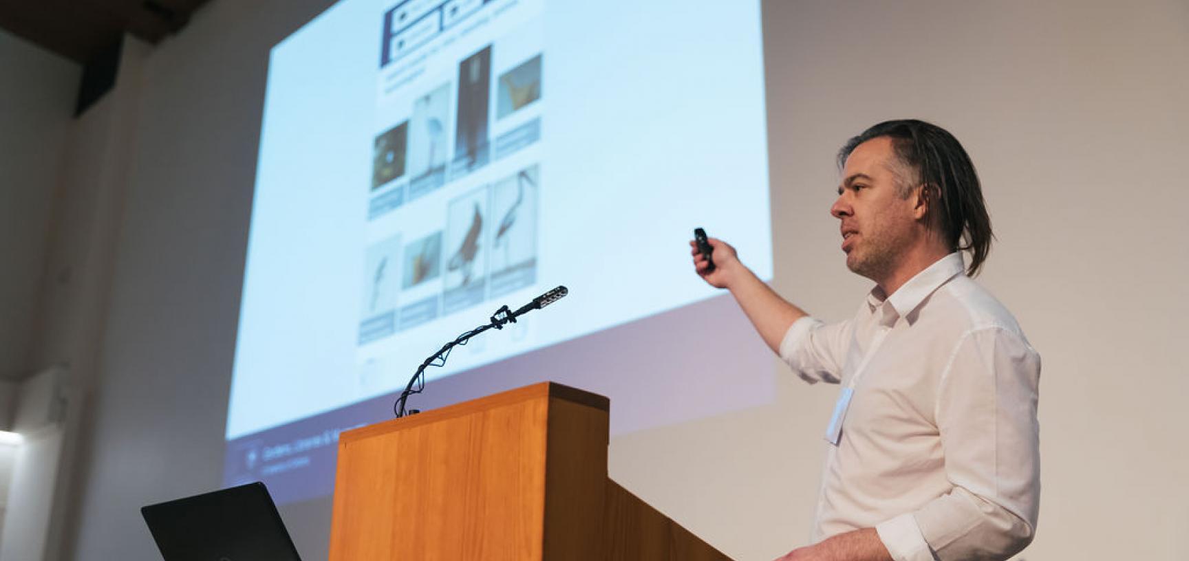 GLAM digital showcase - machine-readable interface talk
