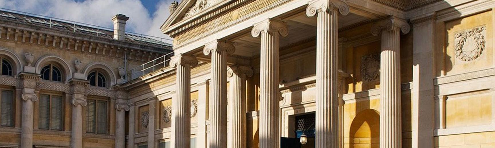 ashmolean museum exterior c greg smolonski