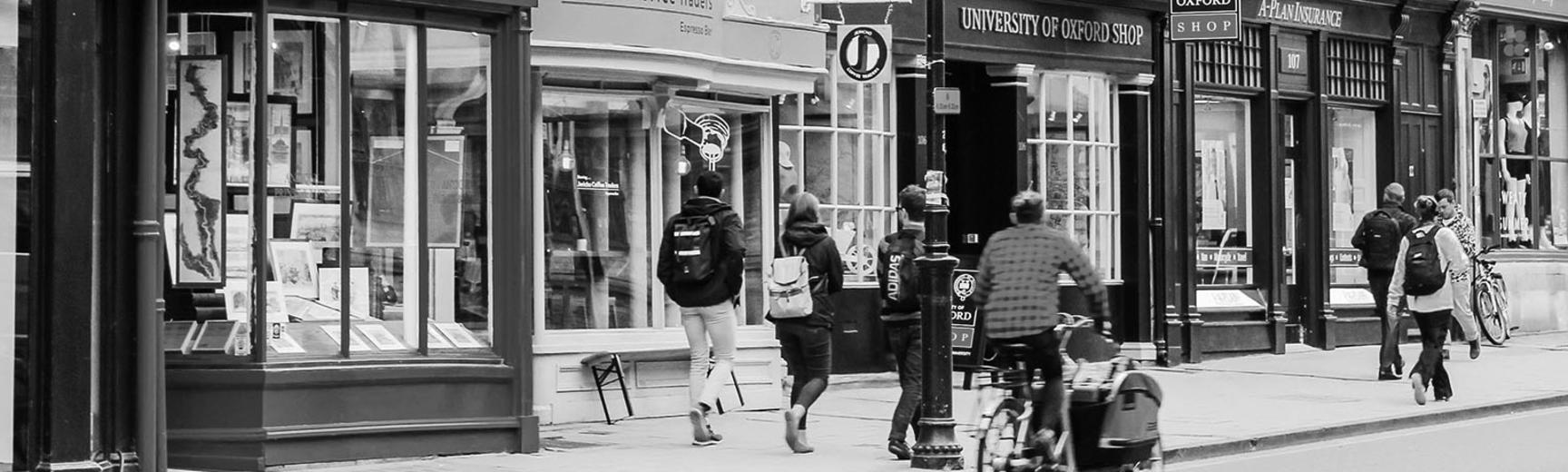 Oxford High Street (Photo by Hannah Petersen on Unsplash)
