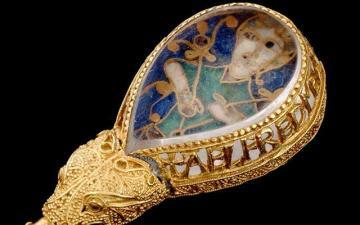 Alfred Jewel, Ashmolean Museum